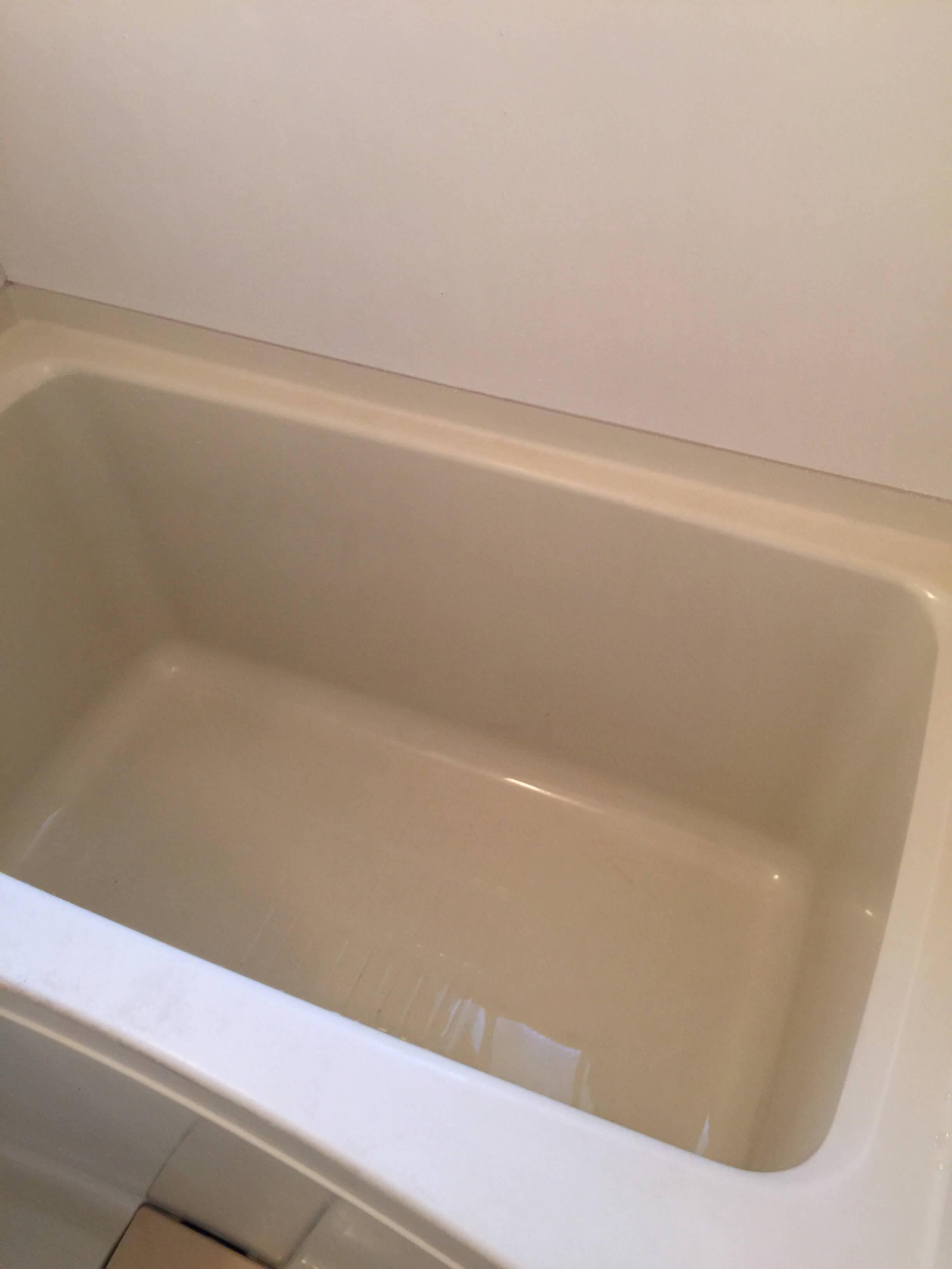 バスルームクリーニング浴槽完成