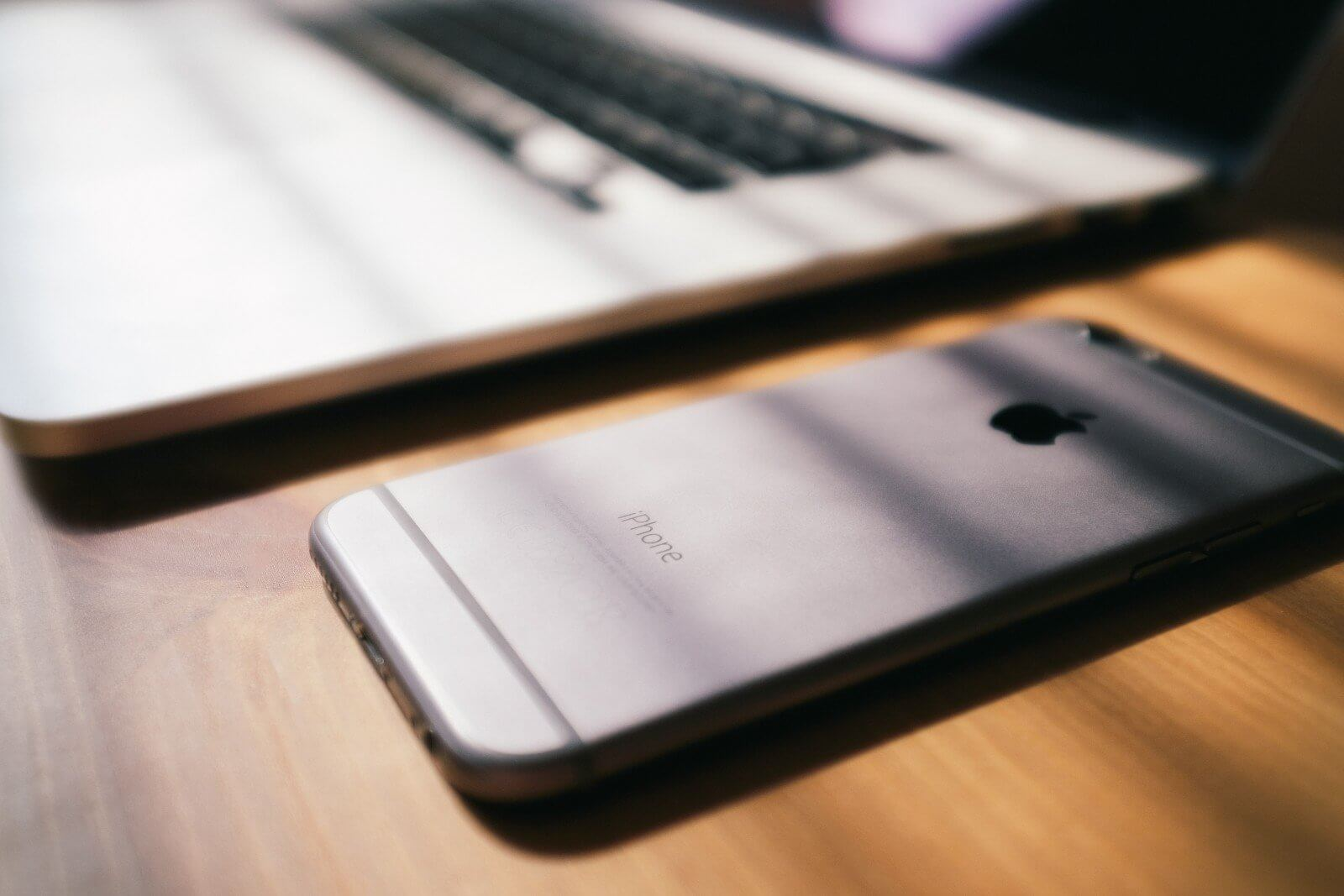デジタル遺品で困るパソコンやスマートフォン