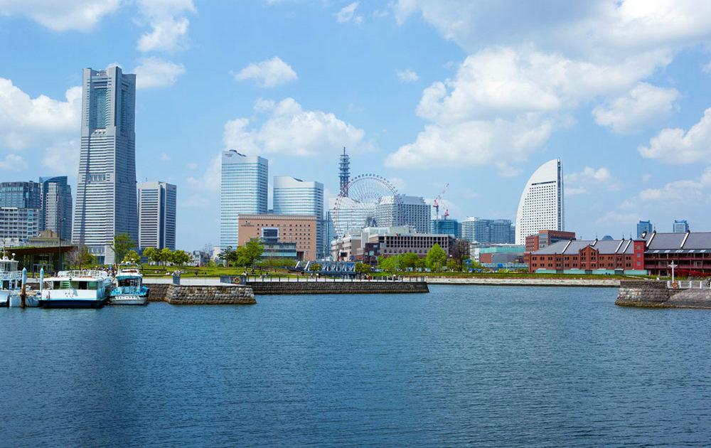 横浜市の大さん橋からの風景