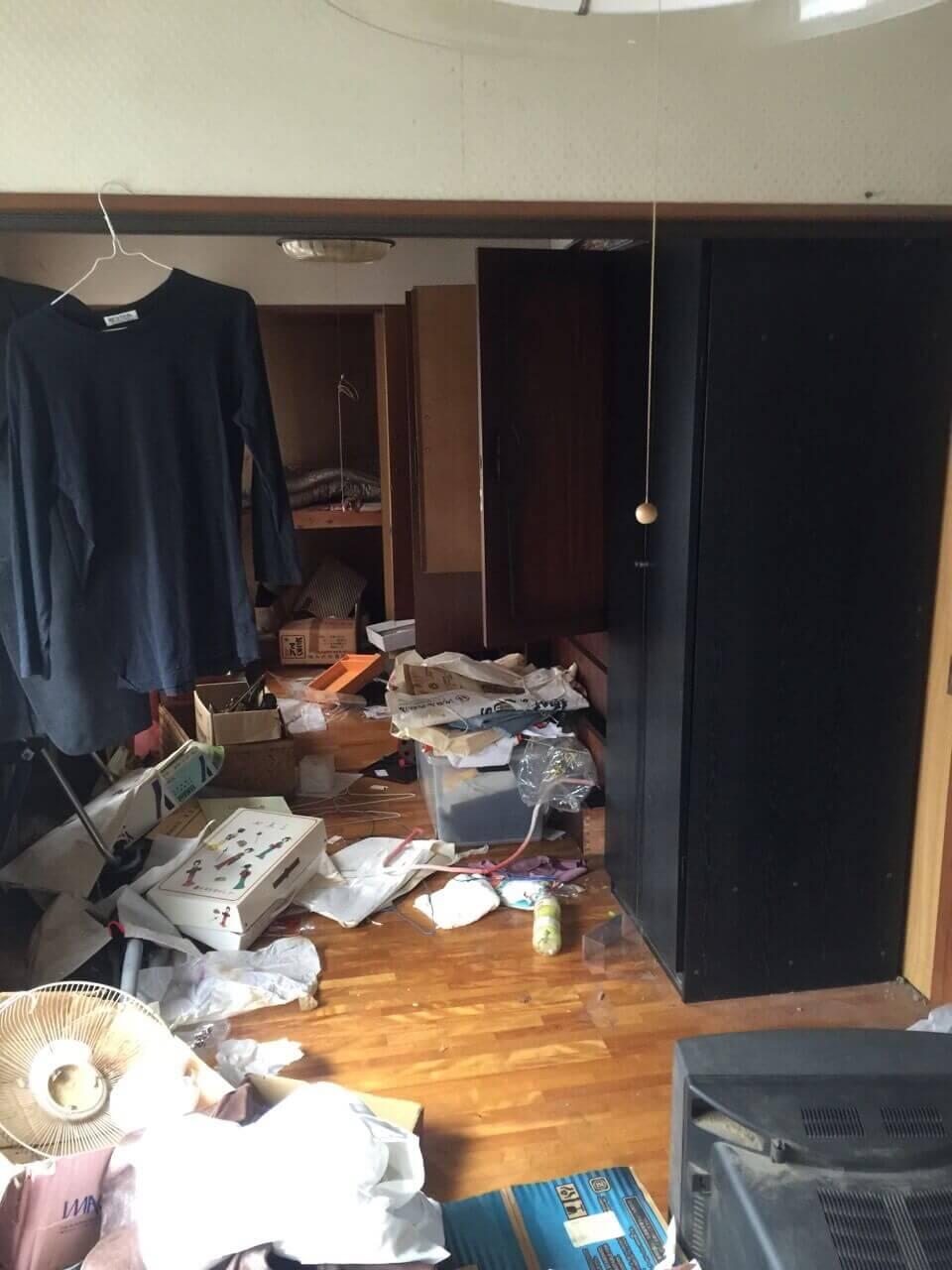 作業前の居間の様子
